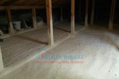 sprey-poliüretan-köpük-çatı-arası-zemin-yalıtımı-2